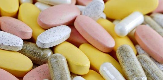 רפואה כדורים תרופות / צלם: פוטוס טו גו